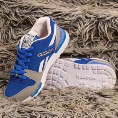 کفش ریباک آبی